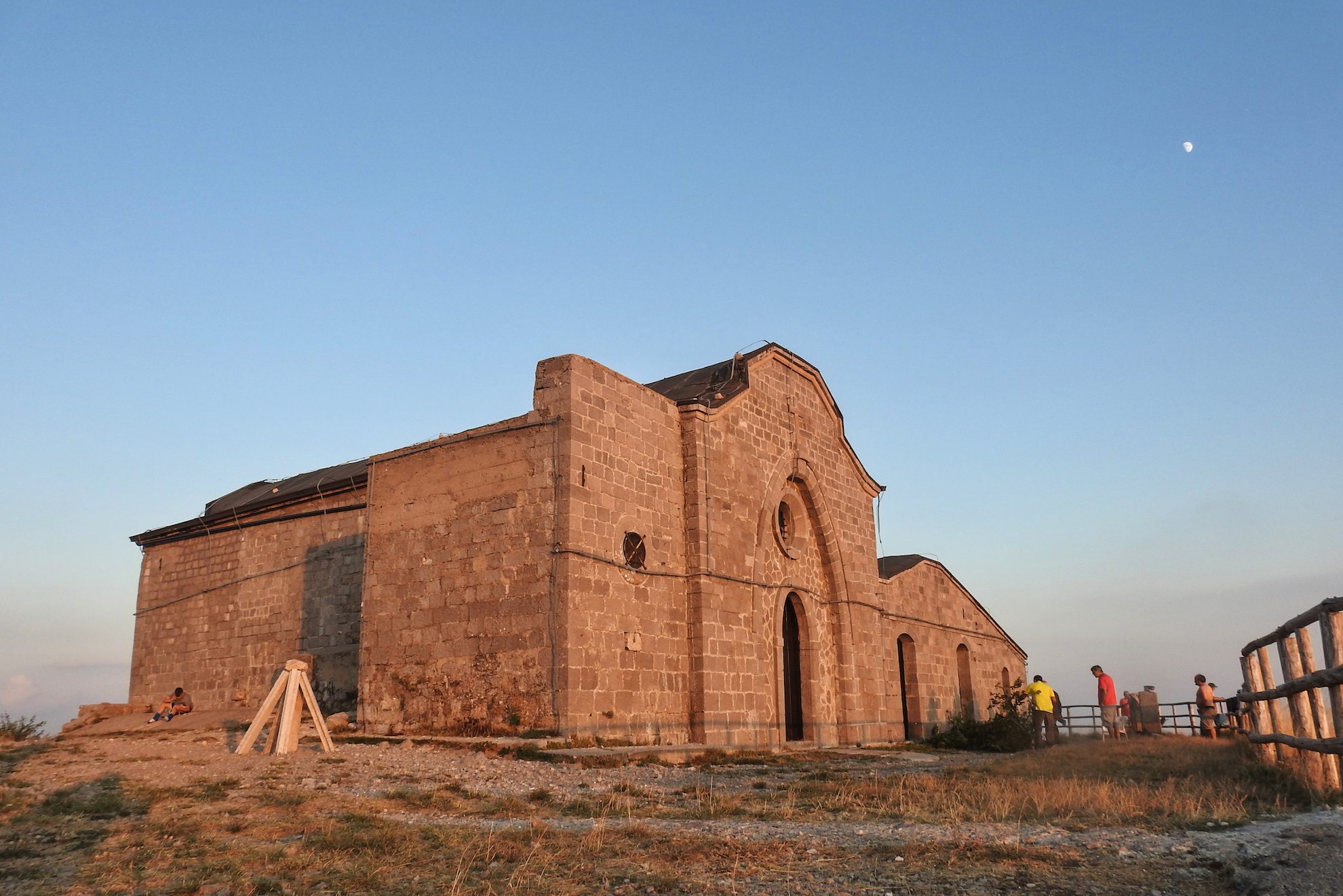 the sanctuary of St. Michael   Ph. Raffaele Imondi - trentaremi